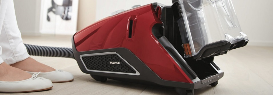 Miele-10502220-Blizzard-CX1-Cat-Dog-Bagless-Vacuum-Cleaner-Bin-Removal-high.jpeg