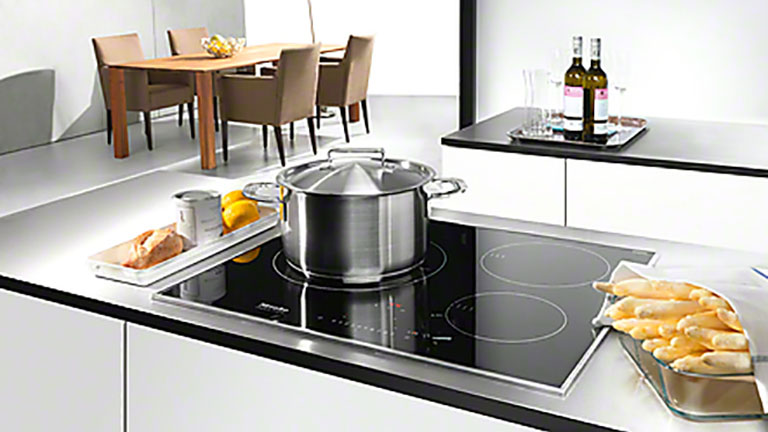 cooktops-lifestyle-families.jpg